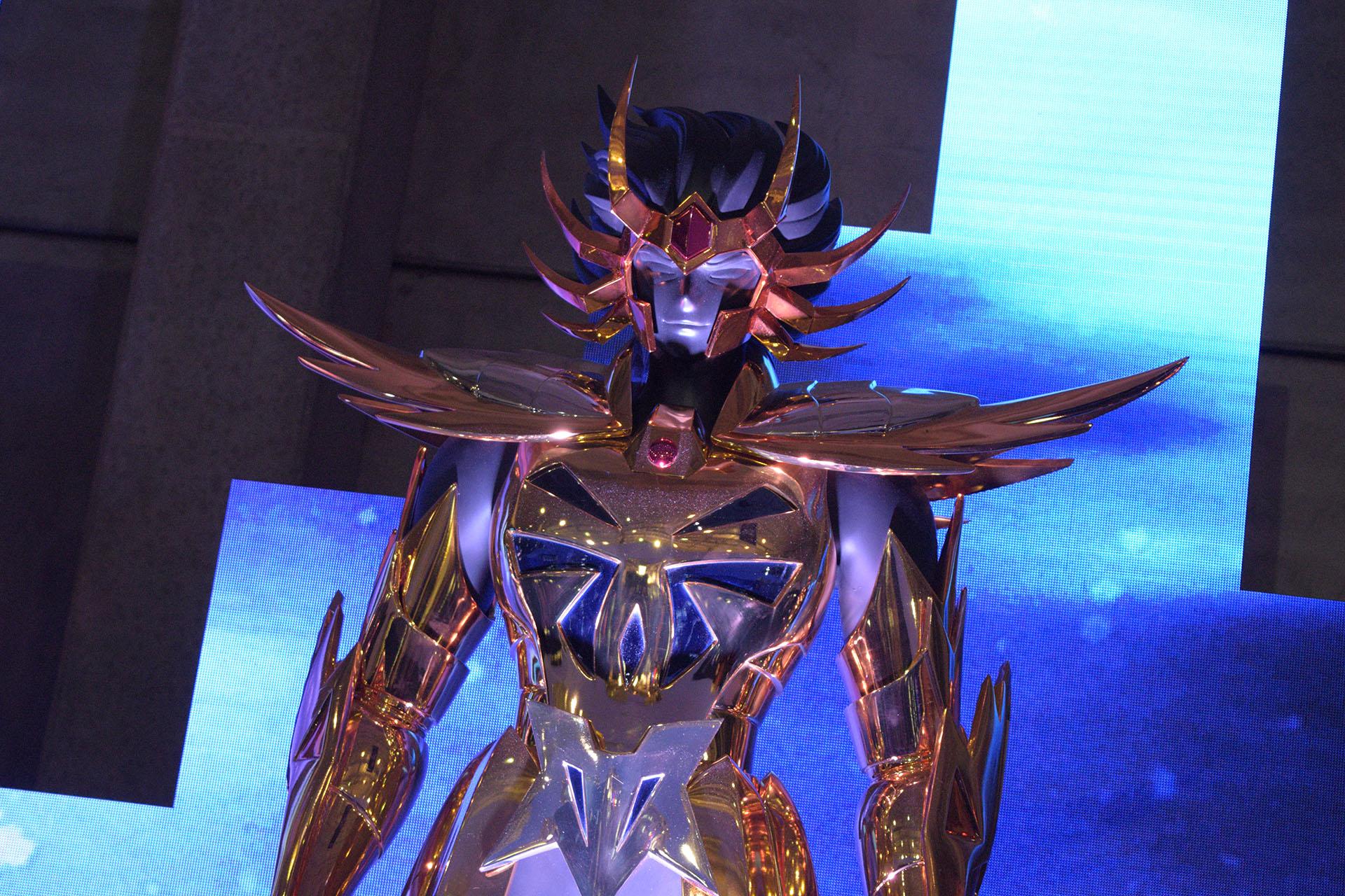 Imagem de As 12 armaduras de ouro da CCXP é a coisa mais incrível que você verá hoje no tecmundo