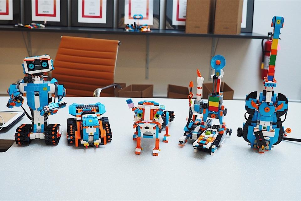 Imagem de LEGO Boost ensina crianças pequenas a dar vida a brinquedos com programação no tecmundo