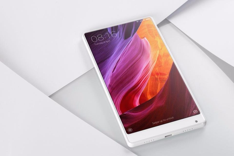 Imagem de Agora é oficial! Xiaomi anuncia smartphone Mi Mix na cor branca na CES 2017 no tecmundo