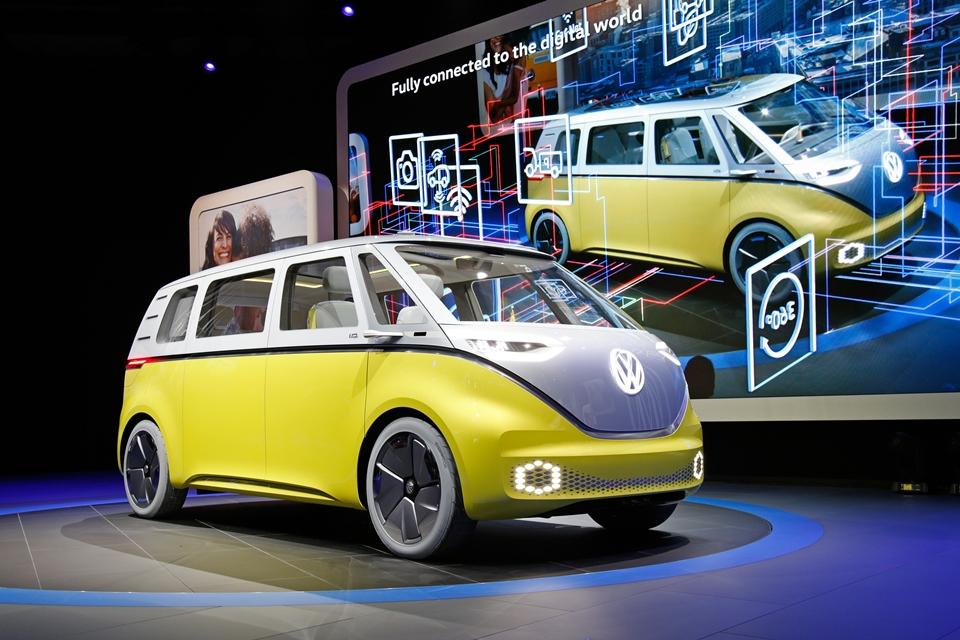 """Imagem de VW exibe """"sucessor espiritual"""" autônomo e elétrico da Kombi, o I.D. Buzz no tecmundo"""