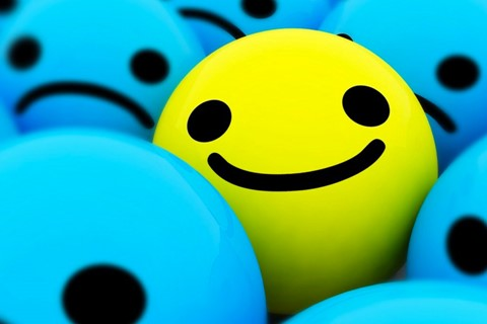 Imagem de FaceApp: conheça o aplicativo que usa redes neurais para fazer você sorrir no tecmundo