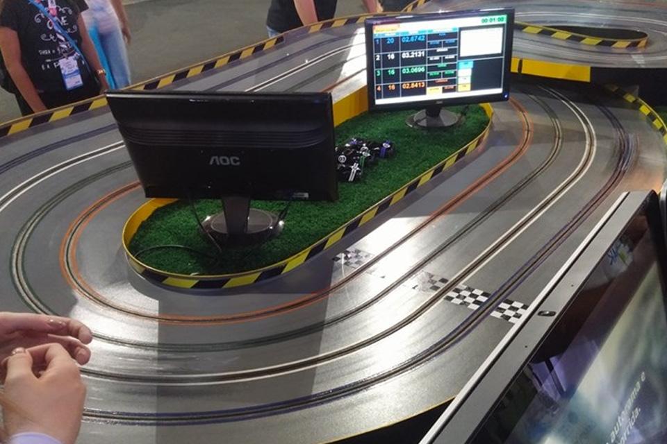 Imagem de Visa aposta em tecnologia e hackathon para atrair público na Campus Party no tecmundo