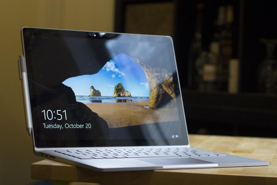 Imagem de Microsoft deve lançar próximo Surface Book no modelo de laptop comum no tecmundo