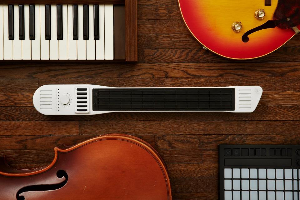 Imagem de Ouça o exótico Artiphon Instrument 1: guitarra, piano e violino em um só no tecmundo