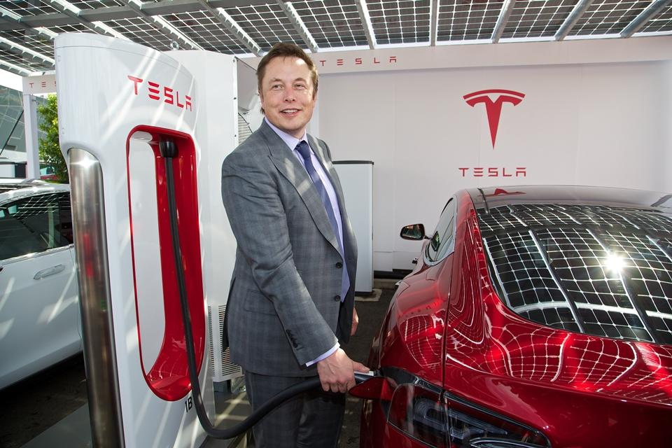 Imagem de O futuro chegou: Tesla tem valor de mercado superior ao da Ford no tecmundo