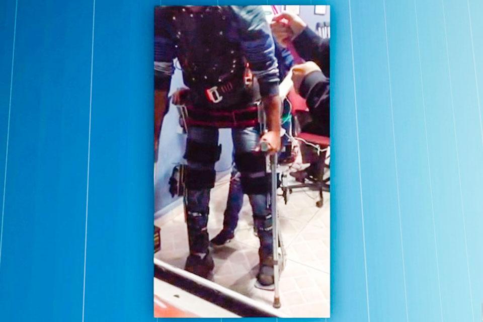 Imagem de Neuroengenheira brasileira cria exoesqueleto para pessoas voltarem a andar no tecmundo