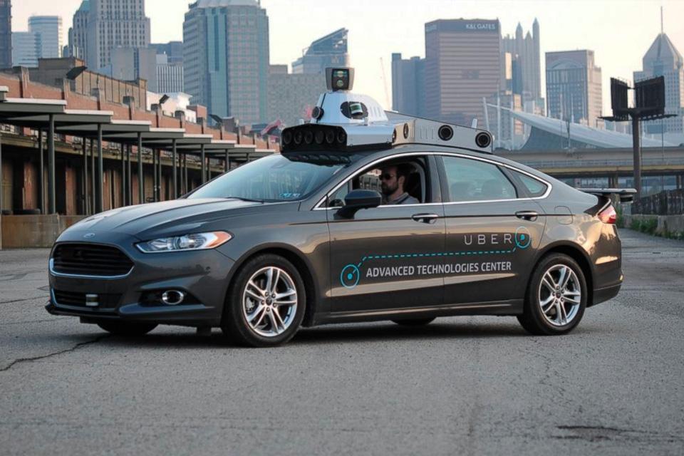 Imagem de Engenheiros da área de direção autônoma da Uber estão saindo da empresa no tecmundo