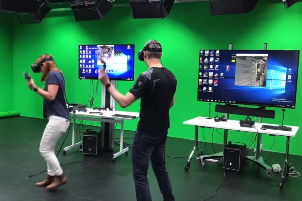 Imagem de Homem e mulher passam dois dias seguidos imersos em realidade virtual no tecmundo