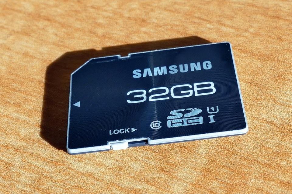 Imagem de Aprenda a salvar suas fotos direto em seu cartão SD no tecmundo