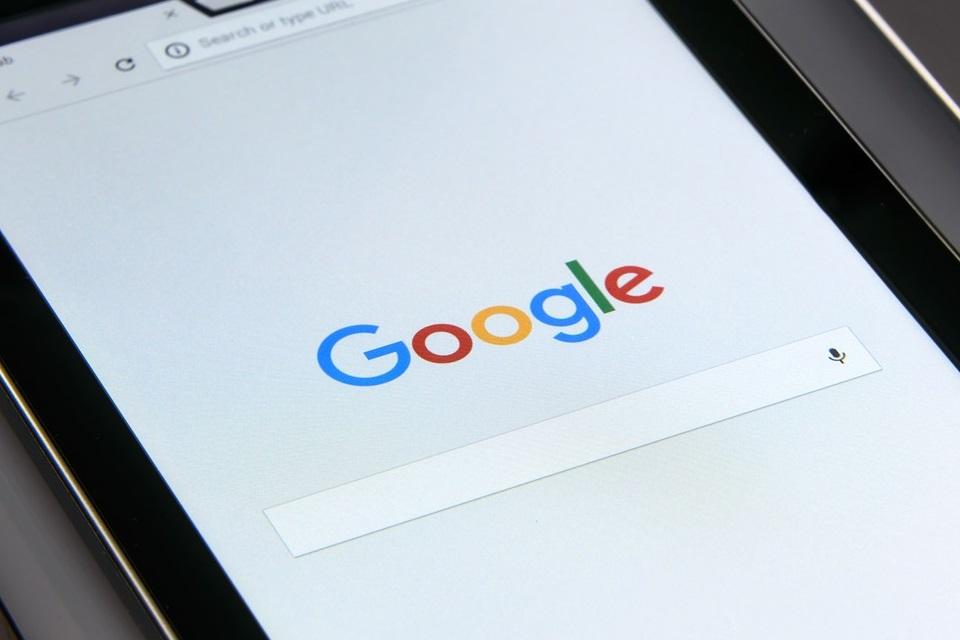 Imagem de Veja como deletar as suas informações do Google no tecmundo