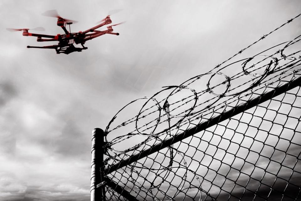 Imagem de Drones estão levando drogas, celulares e pornografia para prisões nos EUA no tecmundo