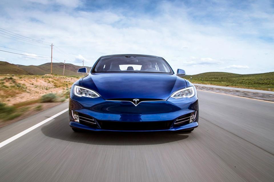 Imagem de Tesla é inocentada de acidente fatal envolvendo Autopilot do Model S no tecmundo