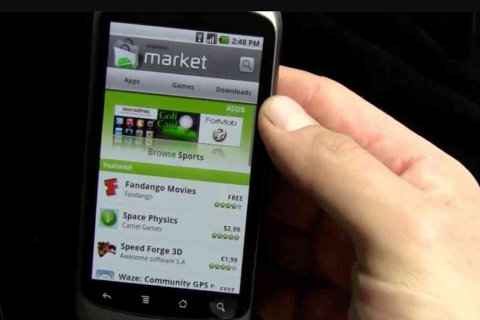 Imagem de Google encerra de vez suporte para Android Market em Androids jurássicos no tecmundo