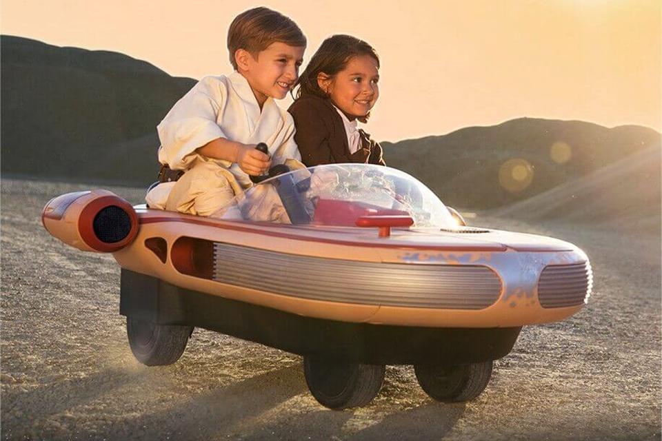 Imagem de Radio Flyer lança réplica do Landspeeder de Luke Skywalker para crianças no tecmundo