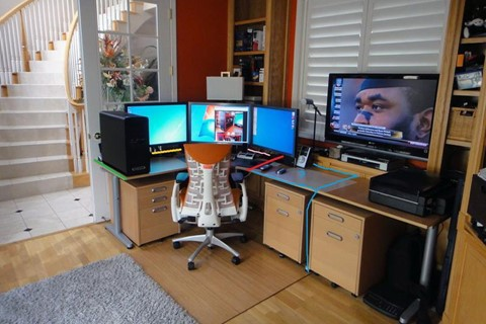 Imagem de Use a sua TV como monitor de computador no tecmundo