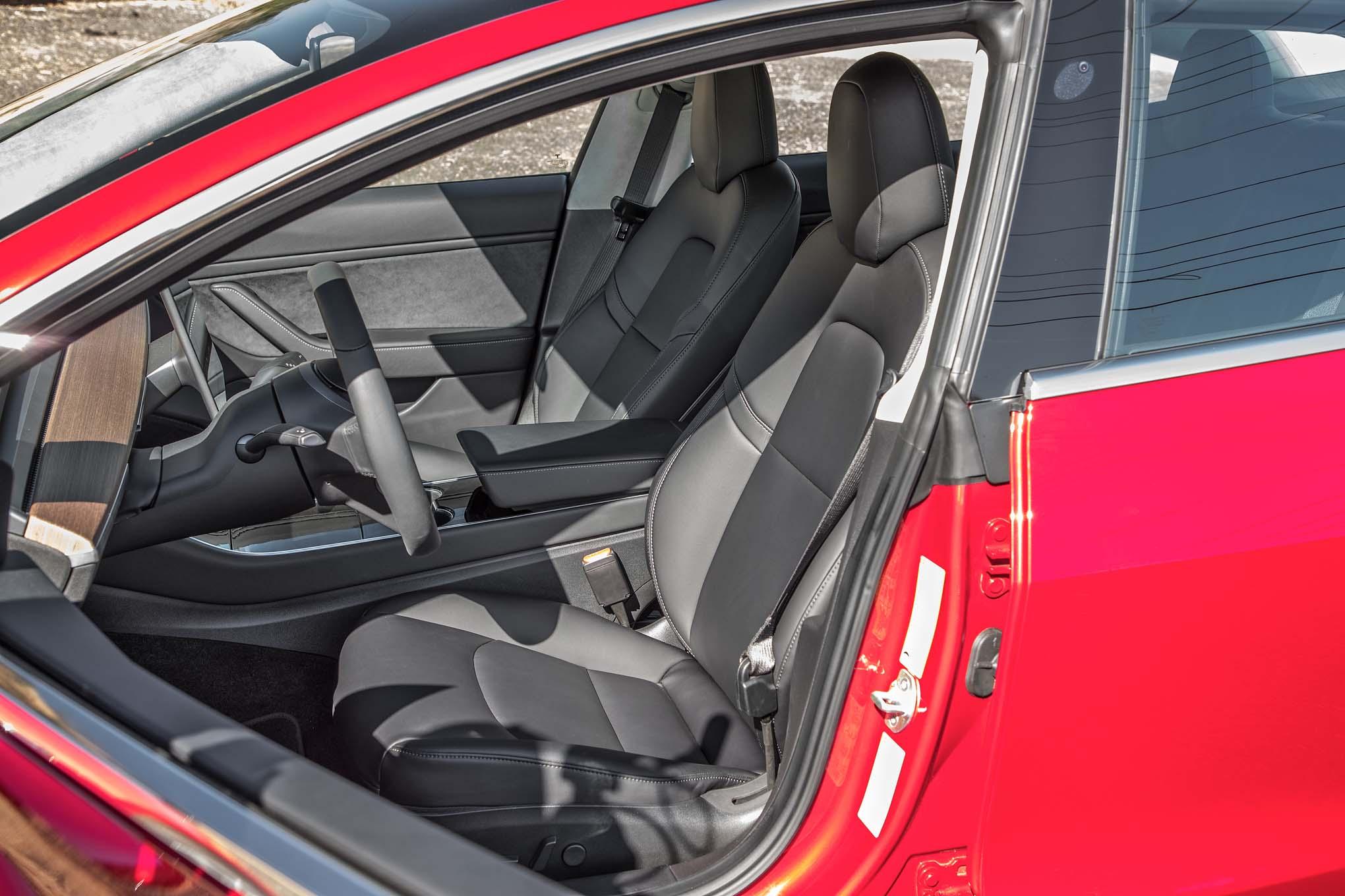 Tesla Model S passou a marca de 1.000 km de autonomia