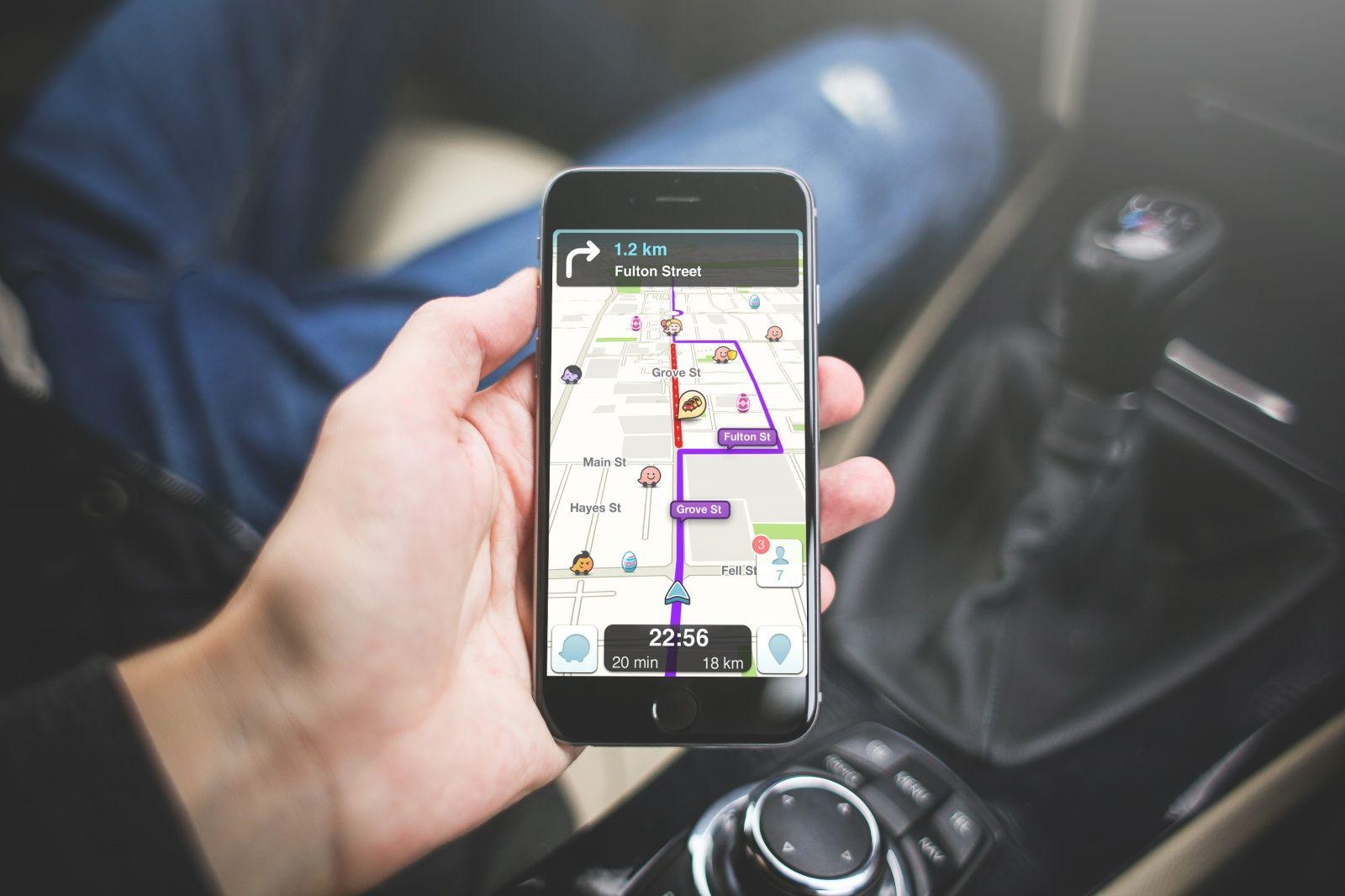 Imagem de Waze vai permitir que você ligue para outros Wazers em caso de pneu furado no tecmundo