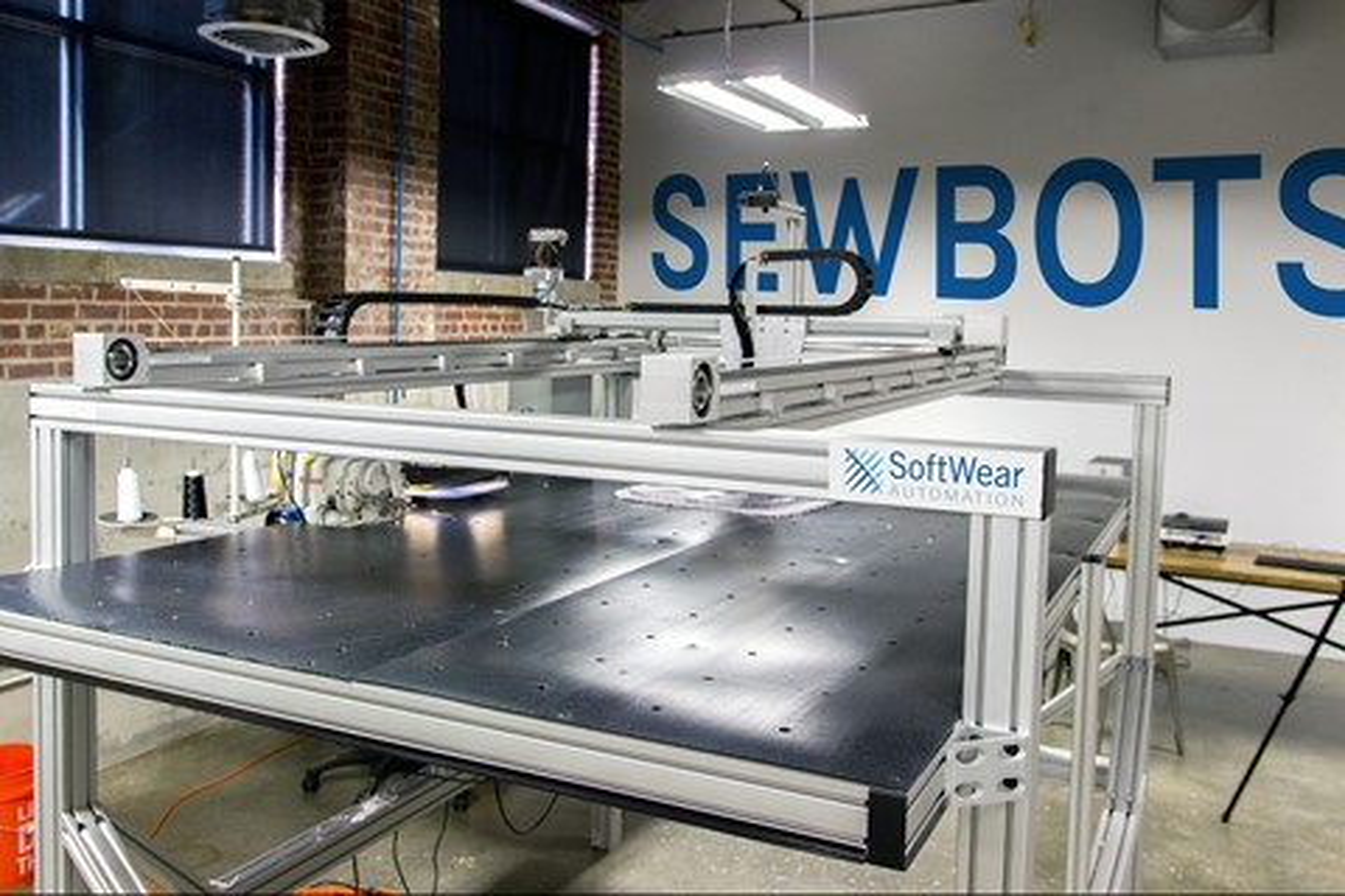 Imagem de Robô de costura trabalha por quase 20 pessoas a uma fração do custo [vídeo] no tecmundo