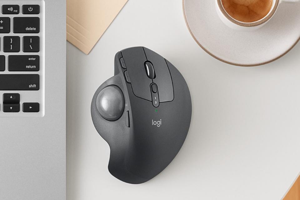 """Imagem de É sério mesmo? Logitech ressuscitou o """"mouse de bolinha"""" no tecmundo"""