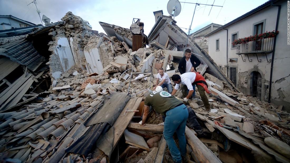predio terremoto pessoas