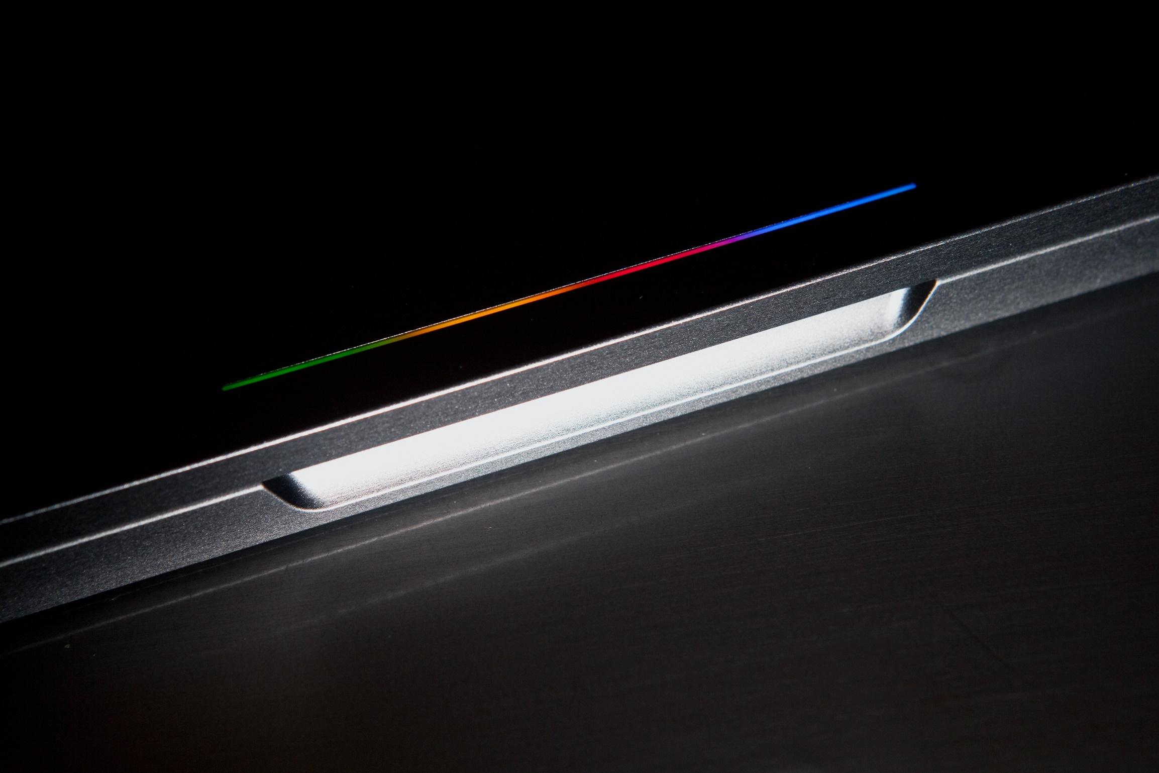 """Imagem de Vazam imagens do """"Pixelbook"""", suposto sucessor do Chromebook Pixel no tecmundo"""