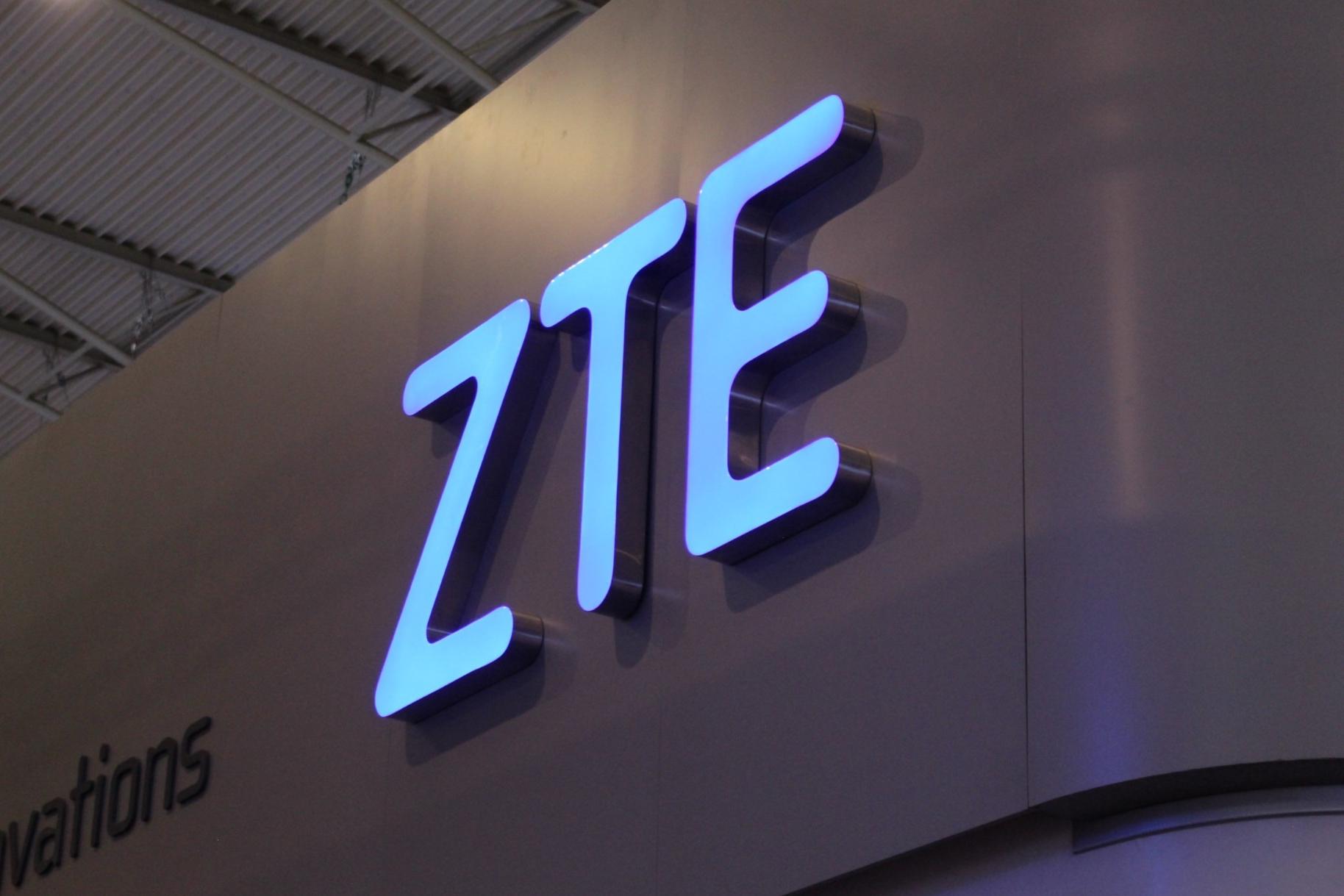 Imagem de Smartphone dobrável com duas telas da ZTE pode ser lançado em outubro no tecmundo