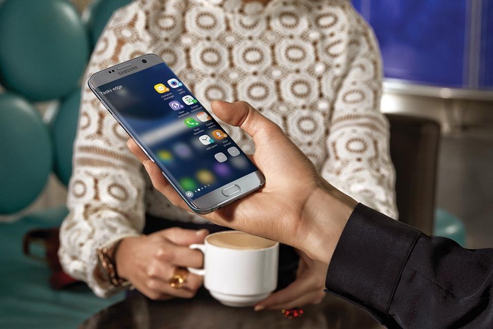 cf7fca660c Galaxy S7 e S7 Edge devem ganhar interface do Galaxy Note 8