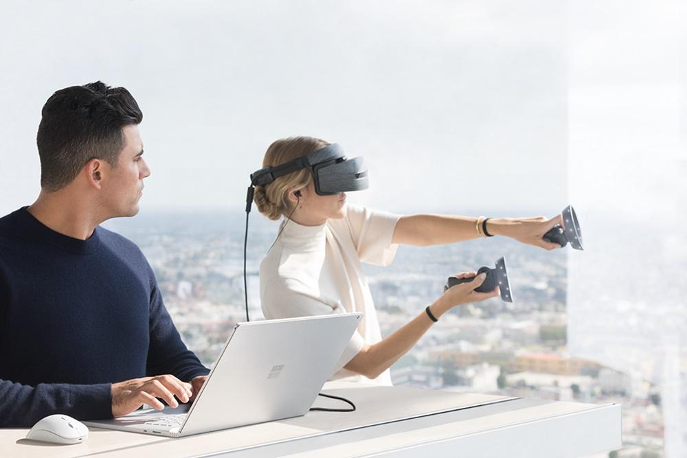 Surface Book 2 realidade mista