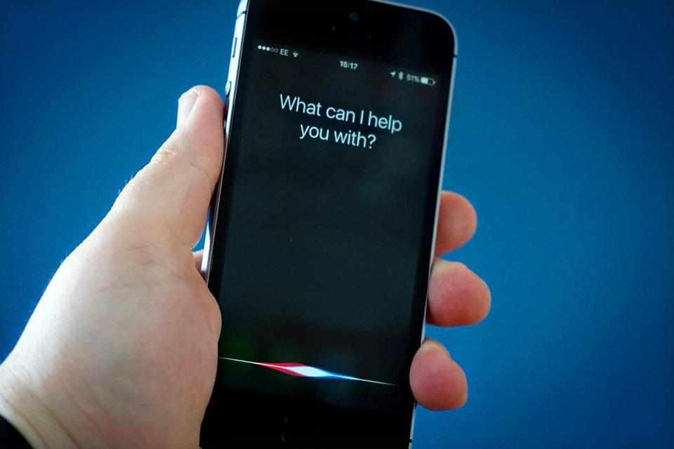 Imagem de Aprenda a conversar com a Siri no seu iPhone sem precisar usar a voz no tecmundo