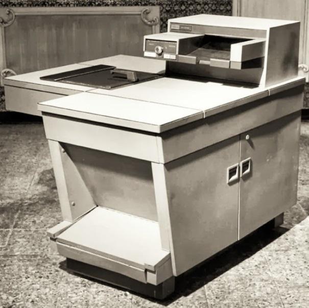 Uma máquina Xerox 914.