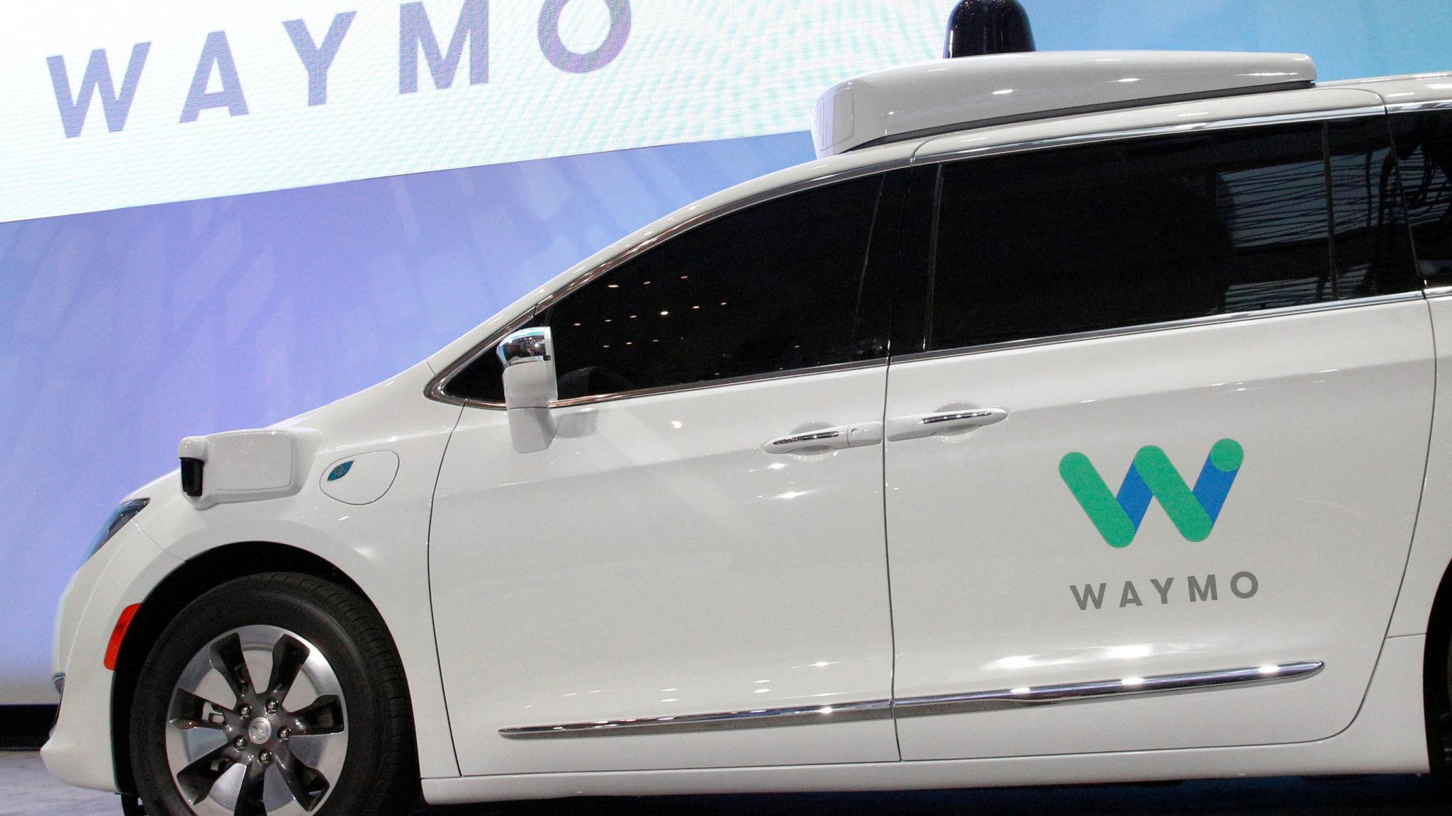 Imagem de Waymo quer tirar os humanos dos comandos de seus carros pra valer no tecmundo