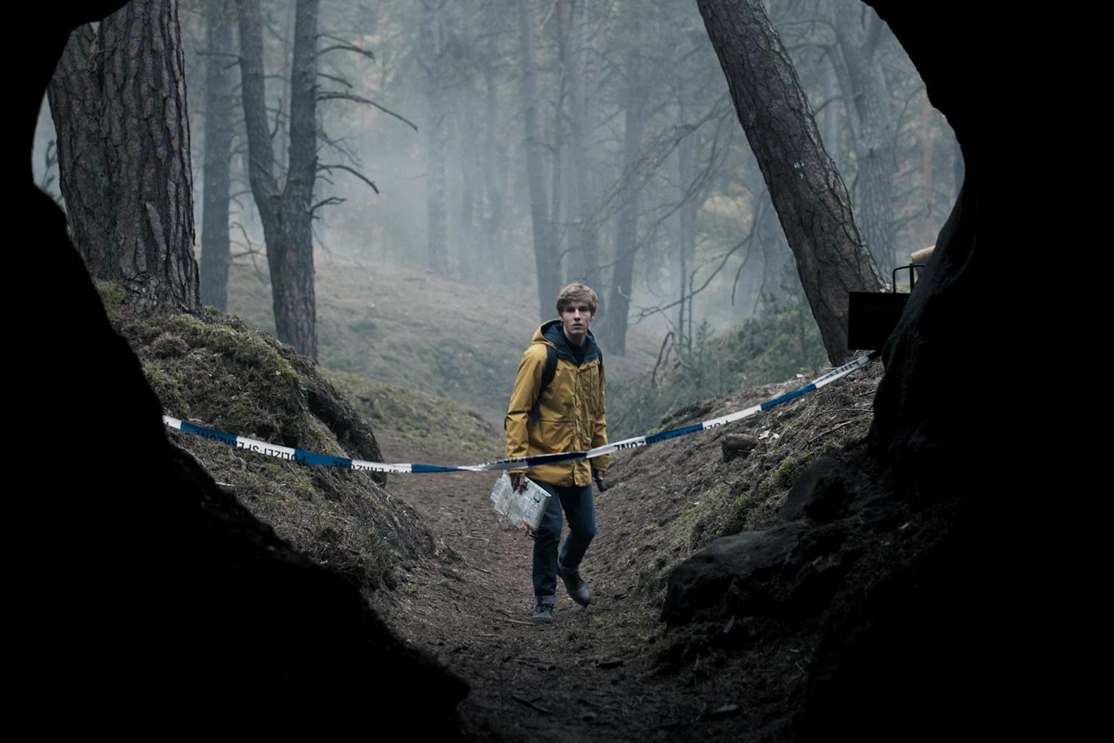 """Imagem de Netflix divulga trailer de """"Dark"""" com áudio duplo em alemão e português no tecmundo"""