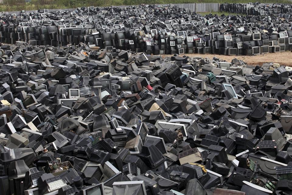 Imagem de Desperdício: apenas 20% de todo lixo eletrônico é reciclado no mundo no tecmundo