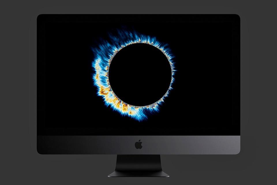 """Imagem de iMac Pro começa a ser vendido no Brasil, pela """"bagatela"""" de R$ 38 mil no tecmundo"""