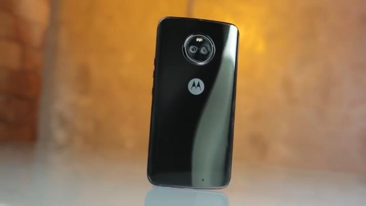 Moto X4 celular intermediário
