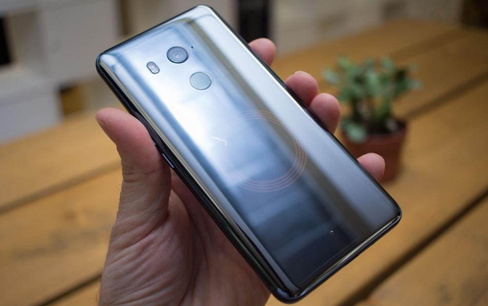 HTC U11+ celular importado