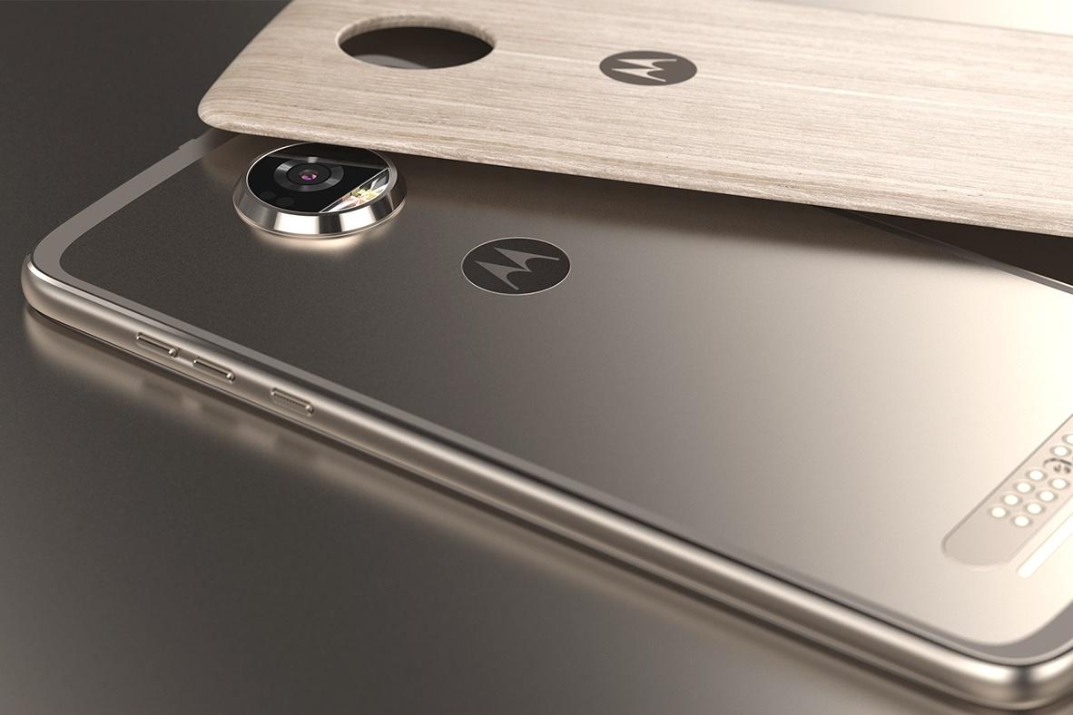 Imagem de Vazou também: Moto Z3 aparece com tela de bordas mínimas e curvadas no tecmundo