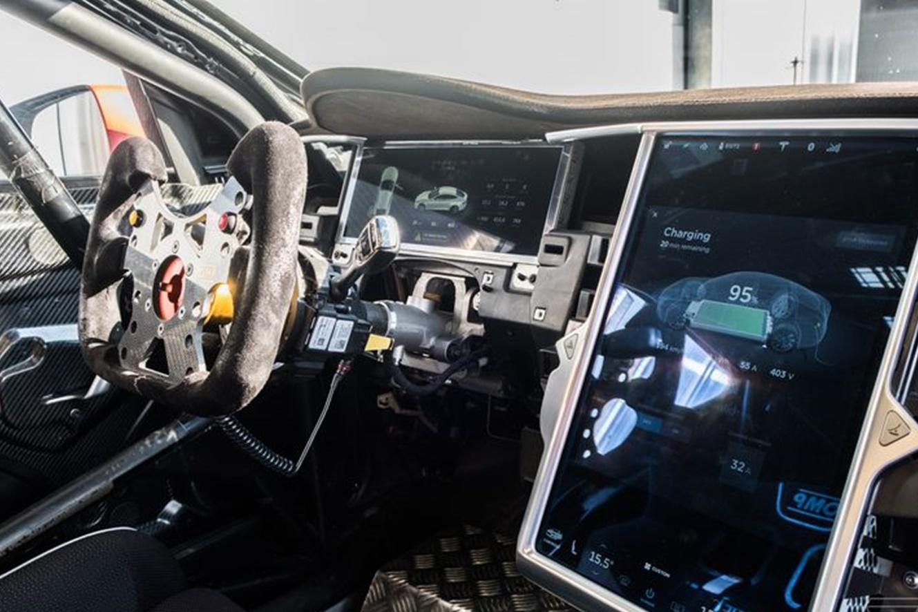 Imagem de Primeira competição oficial de velocidade com Teslas pode começar em 2018 no tecmundo