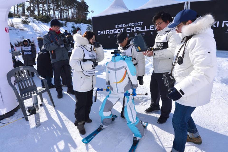 Imagem de Até robôs quiseram participar das Olimpíadas de Inverno de 2018 [vídeo] no tecmundo