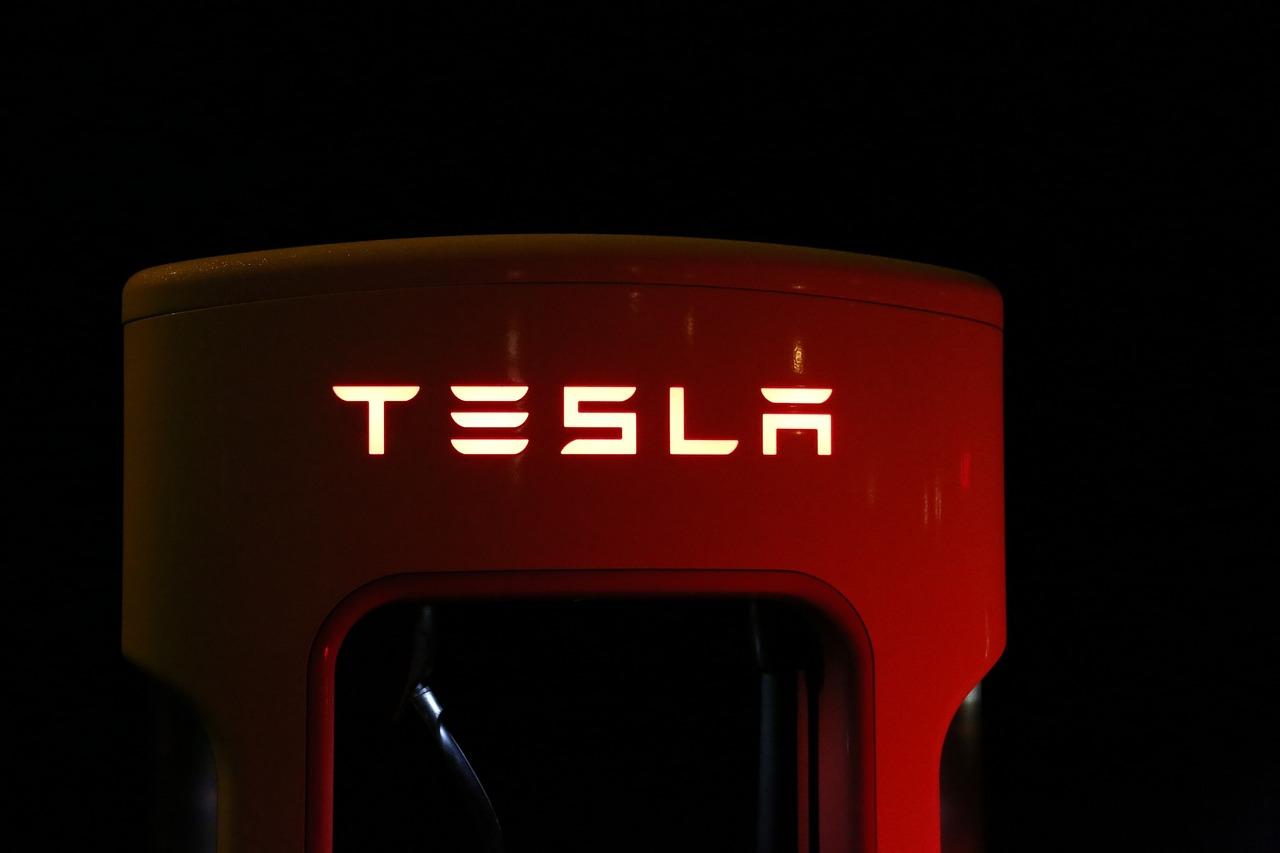 Imagem de Hackers usaram nuvem da Tesla, de Elon Musk, para minerar criptomoedas no tecmundo