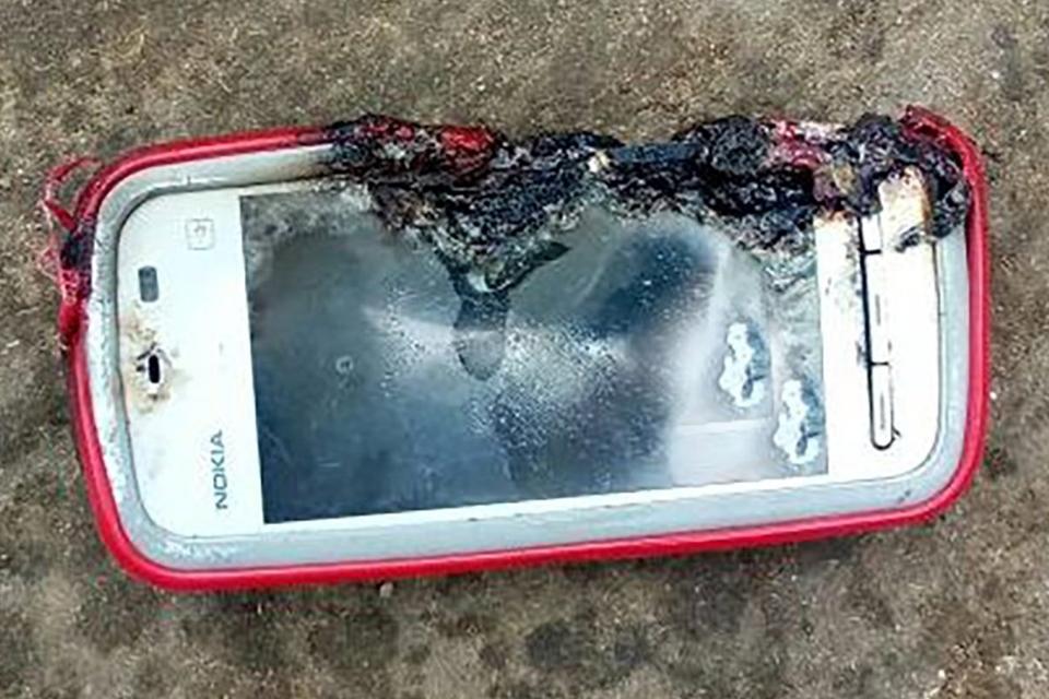 Imagem de Antigo smartphone Nokia explode e mata jovem durante ligação no tecmundo