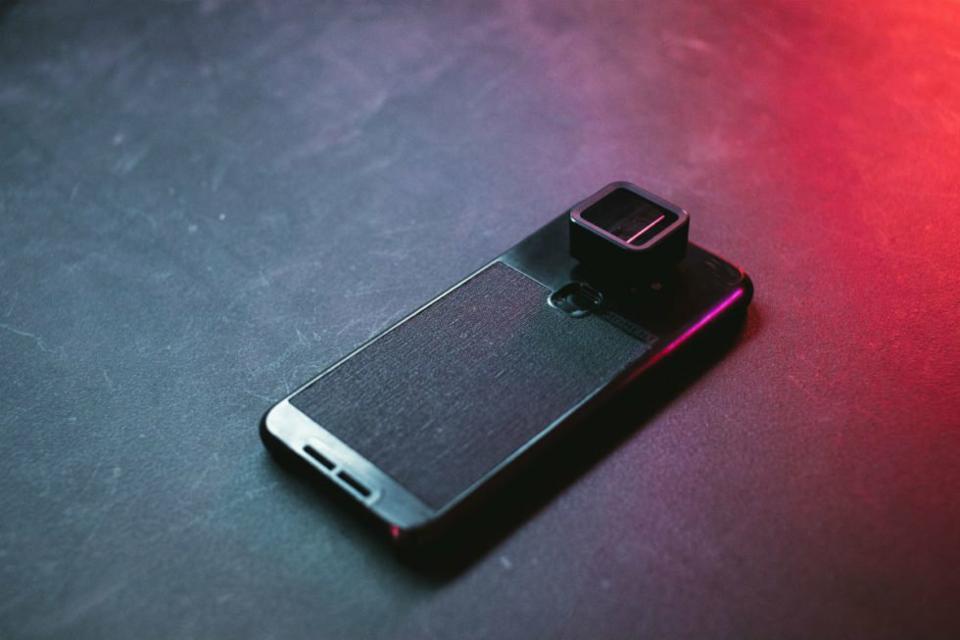 Imagem de Lentes anamórficas permitirão fotos cinematográfica com smartphones no tecmundo