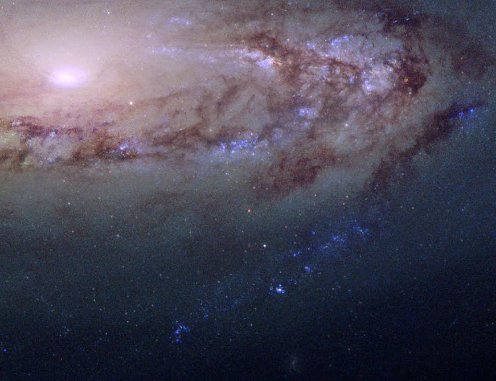 Galáxia distante