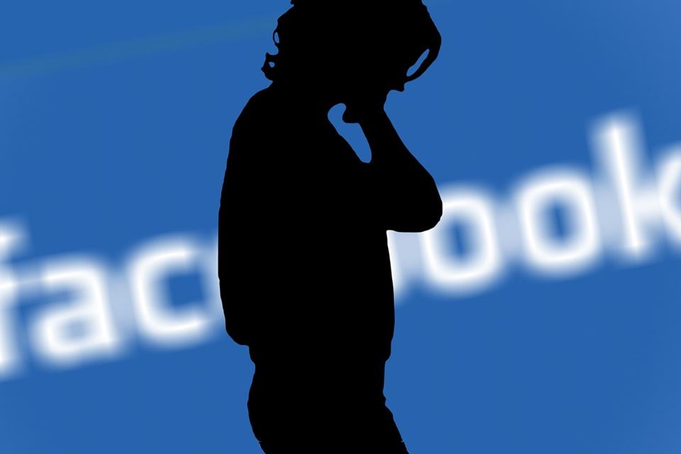 """Imagem de """"Operação Faceblock"""" propõe boicote no dia do depoimento de Mark Zuckerberg no tecmundo"""