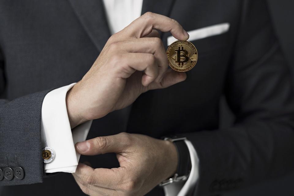 Imagem de Casas de criptomoedas ameaçam bancos que se negam a aceitar depósitos no tecmundo