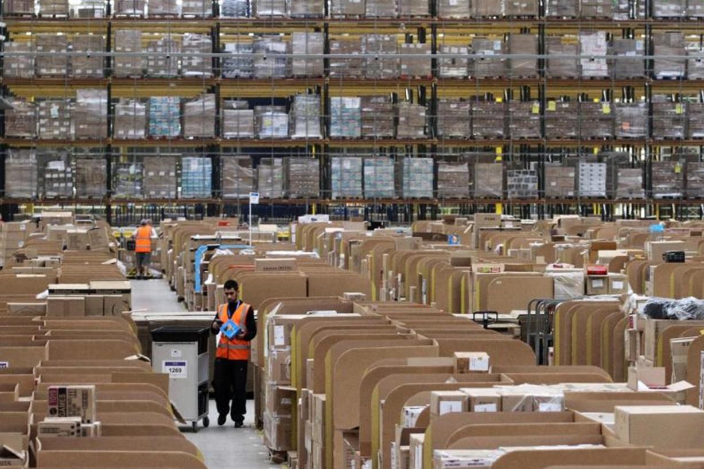Imagem de Funcionários de galpões da Amazon temem ir ao banheiro, diz escritor no tecmundo