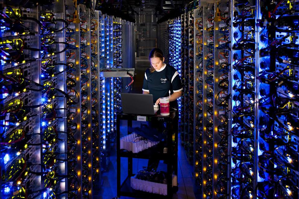 Imagem de Data centers da Google geraram US$1.3 bilhões em atividades econômicas no tecmundo