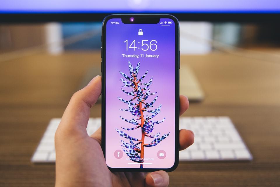 Imagem de 'iPhone XI' deve ter dimensões do iPhone 8 Plus com tela de 6,5 polegadas no tecmundo