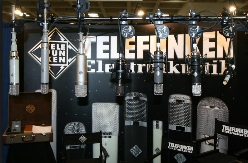 Microfones.