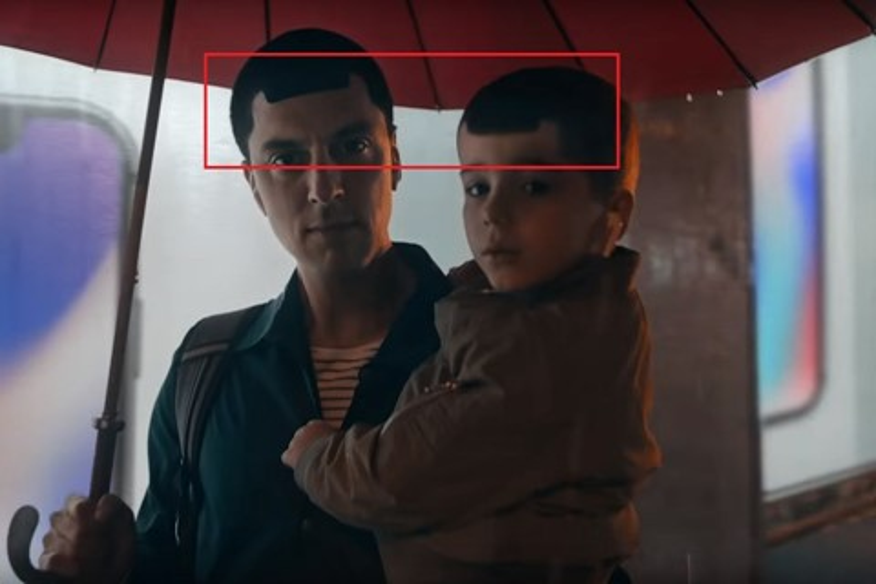 Imagem de Propaganda do Samsung Galaxy S9 bate com força o iPhone da Apple no tecmundo